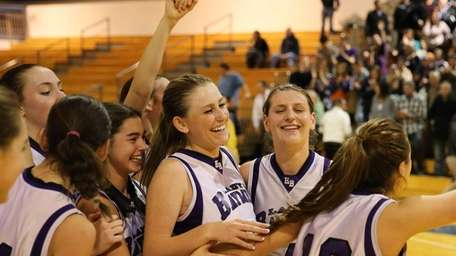 Hampton Bays celebrates its victory over Oyster Bay