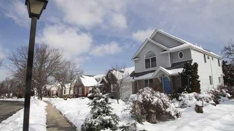 Long Island homes are not attracting much interest