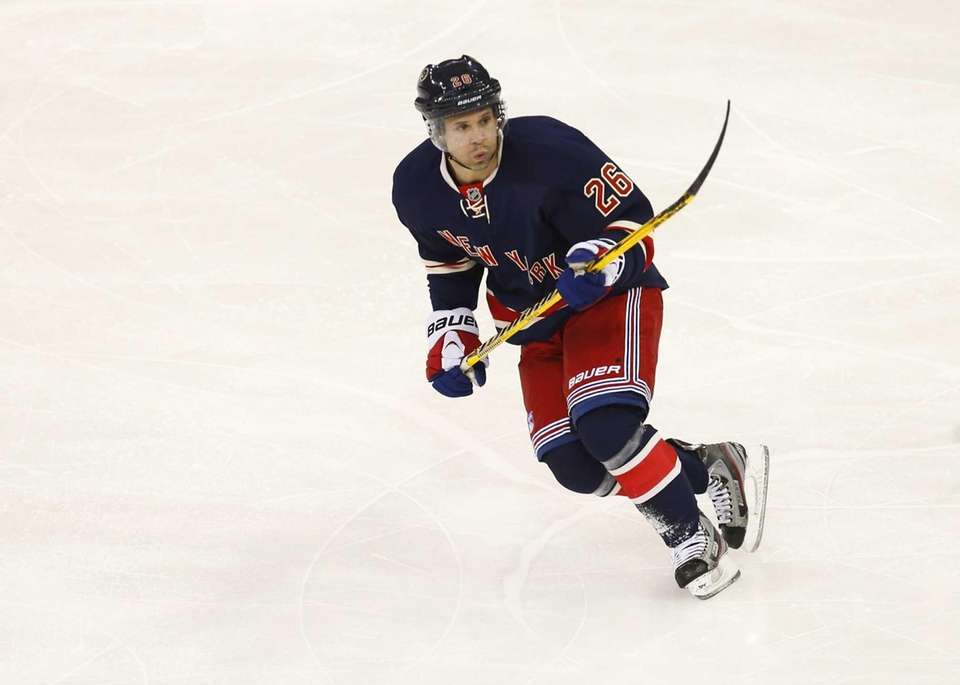 Martin St. Louis of the Rangers skates against