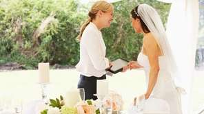 Looking for a wedding coordinator? The Wedding Helper