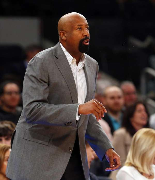 Head coach Mike Woodson of the Knicks looks