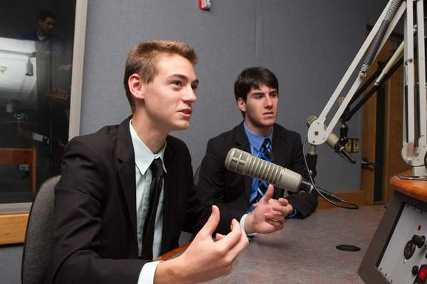 Introduction to Sportscasting for Teens is a summer