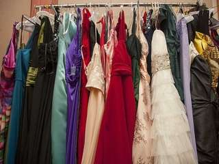 There are tons of places to donate prom