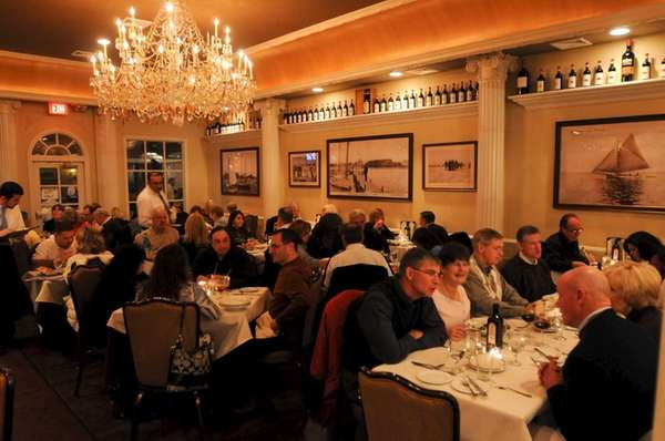 Patrons dine at Lombardi's on the Bay in