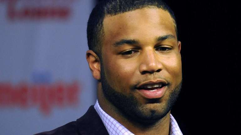 Newly-signed Detroit Lions wide receiver Golden Tate talks