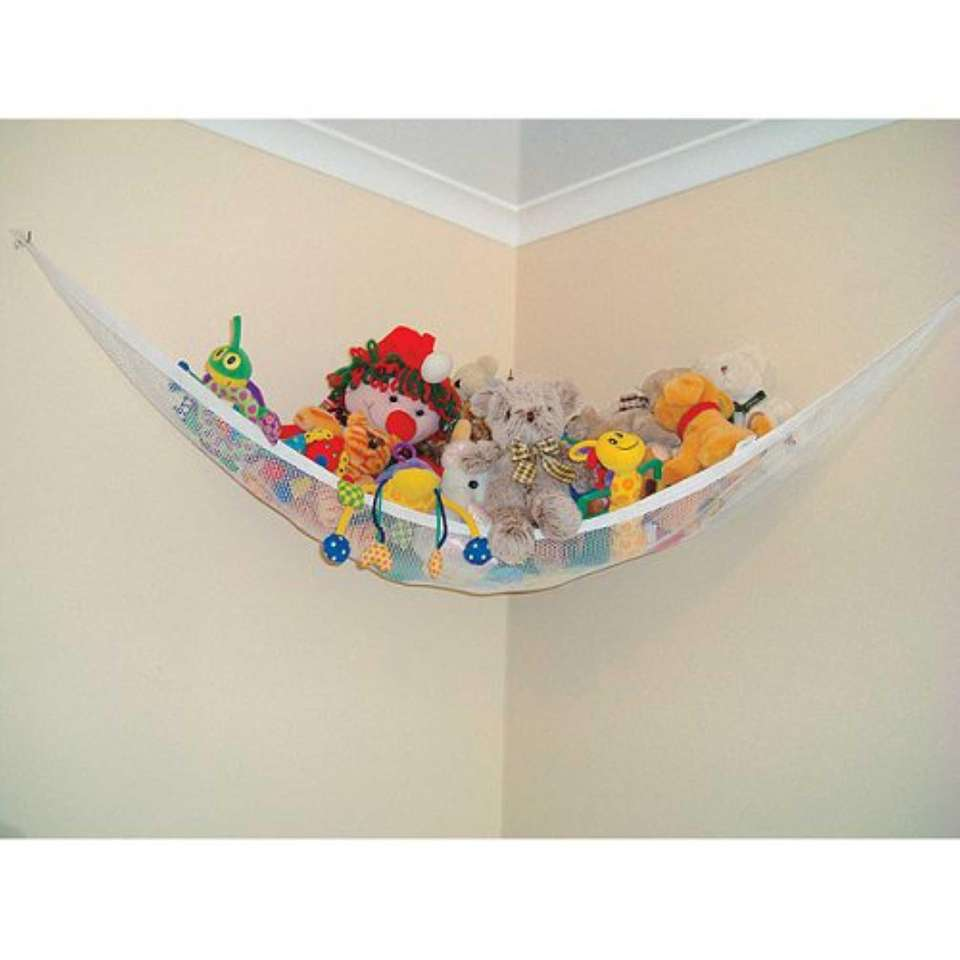 The Corner Hammock and Toy Chain from Dreambaby