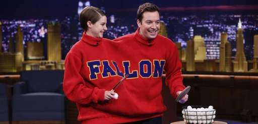 Host Jimmy Fallon and quot;Divergentquot; actress Shailene Woodley
