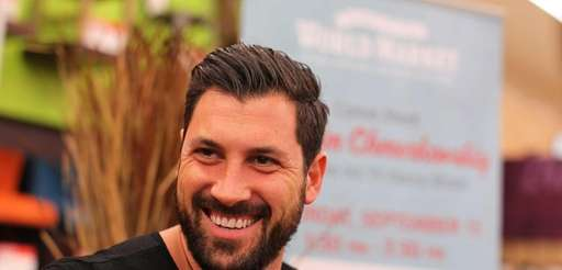 quot;Dancing with the Starsquot; dancer Maksim Chmerkovskiy meets