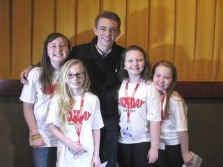 Actor Dylan Riley Snyder with Kidsday reporters Jocelyn