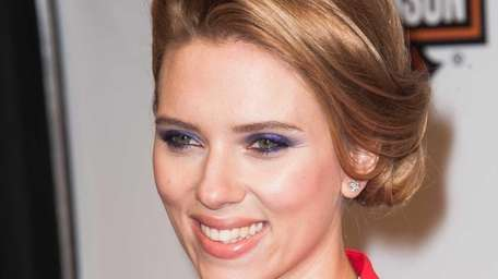 Scarlett Johansson attends the 'Captain America: The Winter
