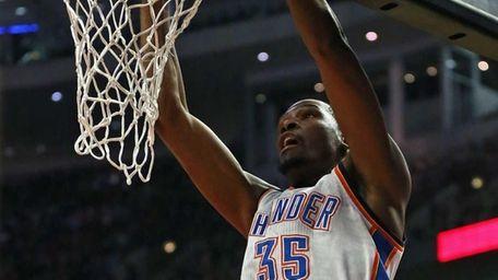Kevin Durant #35 of the Oklahoma City Thunder