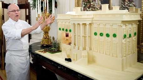 White House pastry chef Bill Yosses explains his