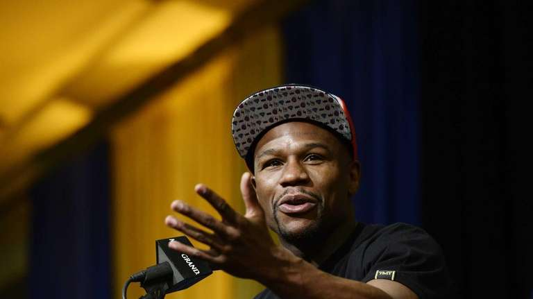 Floyd Mayweather Jr. announces his upcoming Marcos