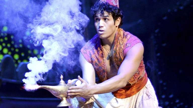 Adam Jacobs (Aladdin) in the new musical