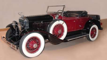 1927 LaSalle roadster owned by John Micciche.
