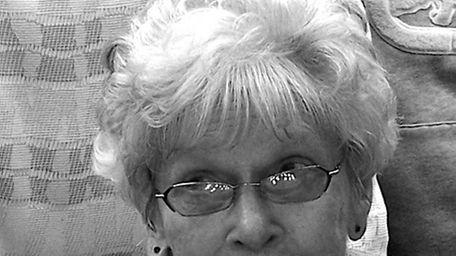 Helen Grell, 87, died at Good Samaritan Hospital