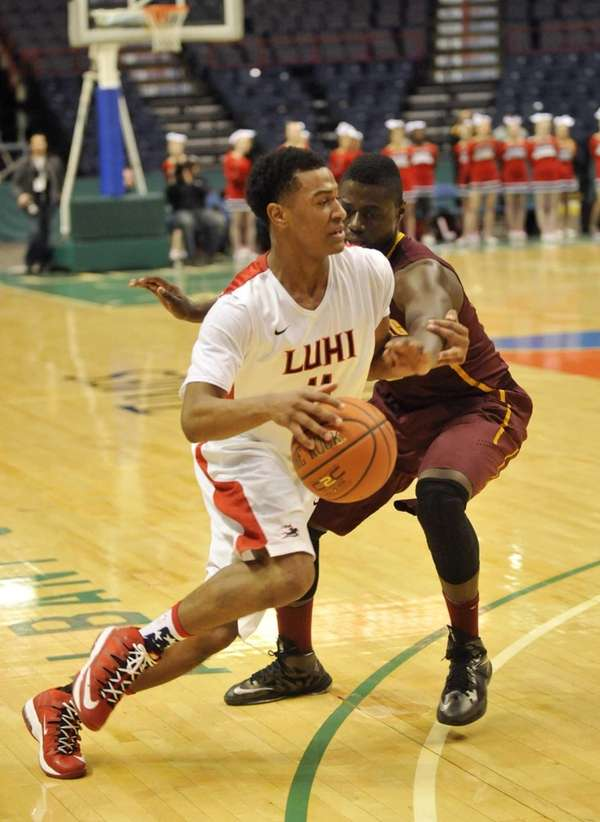 Long Island Lutheran's Devonte Green moves the ball