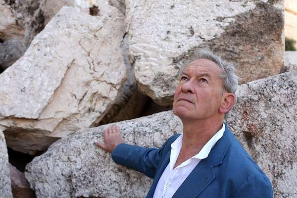 Simon Schama at Temple Mount, Jerusalem, on PBS'