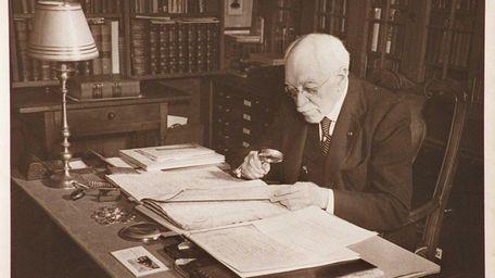 Amateur historian Morton Pennypacker, seen here in an