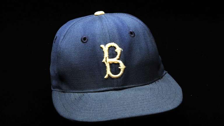 Jackie Robinson cap When the Yankees won the