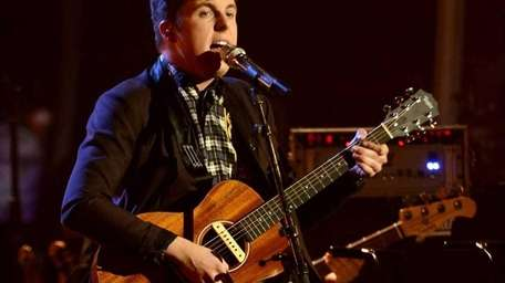 Alex Preston is first to perform with his