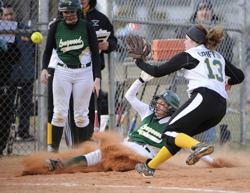Longwood's #24 steals home ahead of Lindenhurst's Shannon