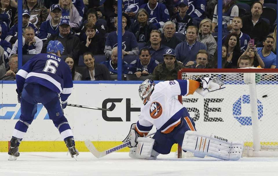 Tampa Bay Lightning defenseman Sami Salo scores against
