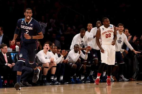 DeAndre Daniels #2 of the Connecticut Huskies reacts