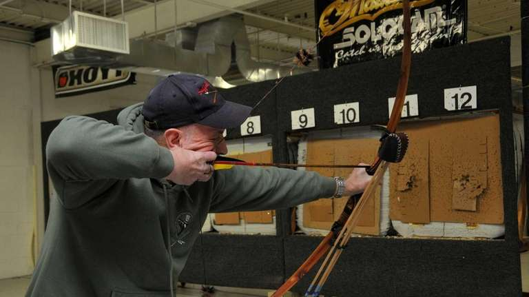 New law allows crossbow hunting, but not on LI | Newsday