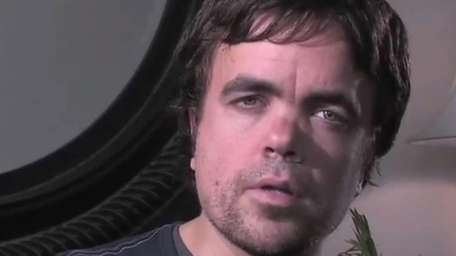 Peter Dinklage speaks against the use of horse-drawn