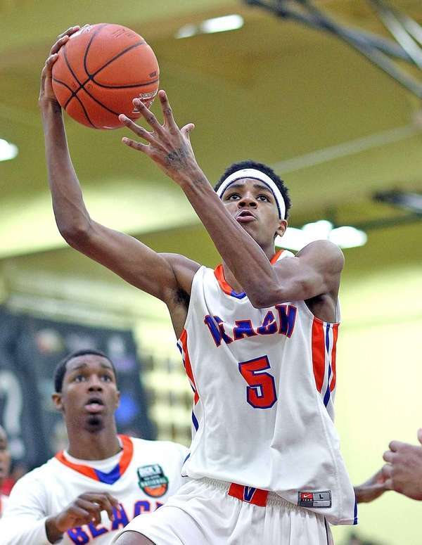 Rainer Beach's De'Jounte Murray gets the layup during