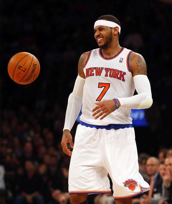 Carmelo Anthony of the Knicks grimaces late in