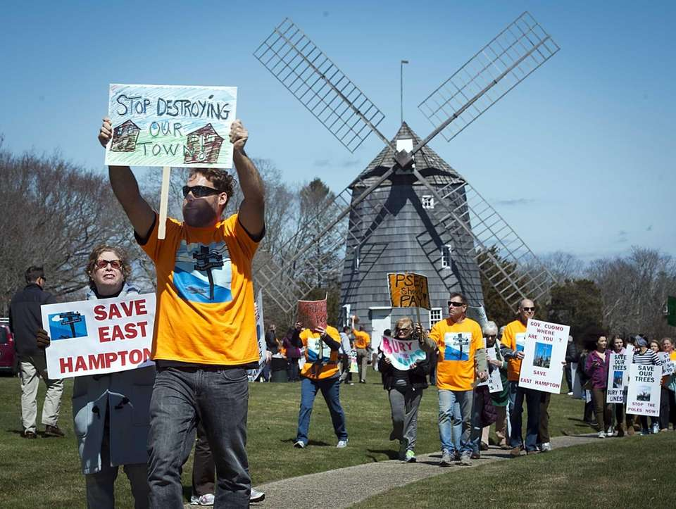 East Hampton residents rally against the use of