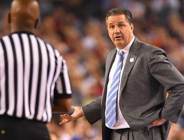 Kentucky coach John Calipari questions a call in