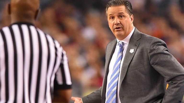 Kentucky coach John Calipari questions a call in