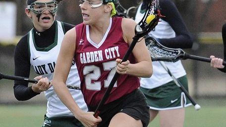 Garden City midfielder Haley O'Hanlon controls the ball