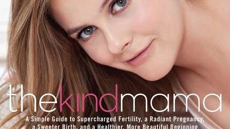 Actress Alicia Silverstone's new pregnancy guide is