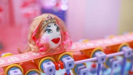 GoldieBlox hoping for another video hit.