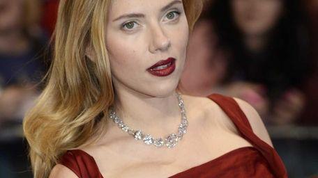 Scarlett Johansson arrives on the red carpet for