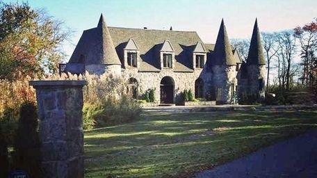 Rapper Kid Panic's Brookhaven home -- a castle
