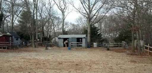A Smithtown ranch on the market for $449,000
