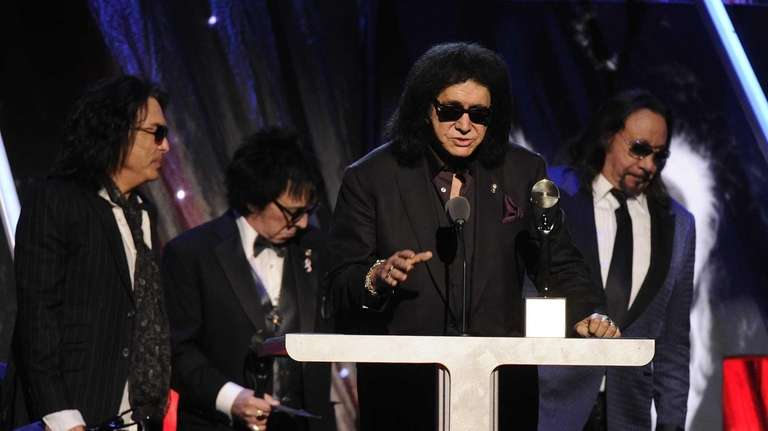 Hall of Fame Inductees, KISS, Paul Stanley, Peter