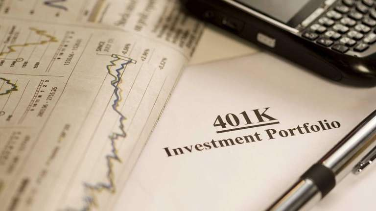 401(k) plans offer some benefits that individual IRAs