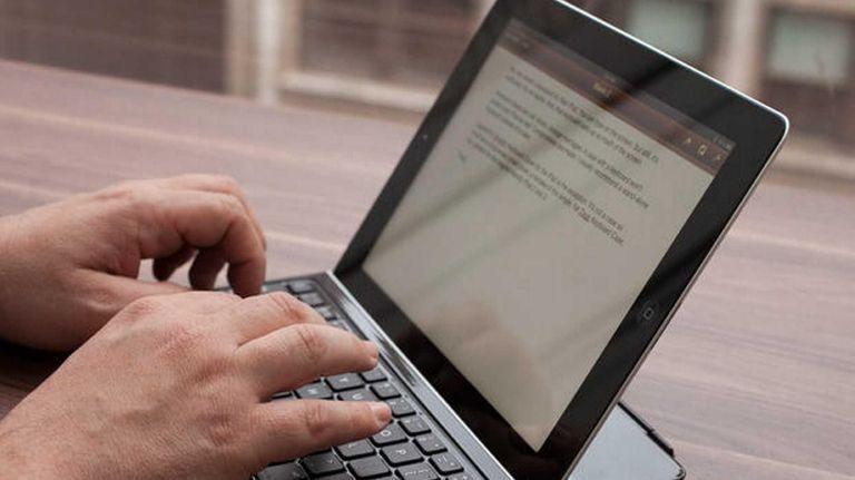 Cnet has picked the Belkin Ultimate Keyboard Case