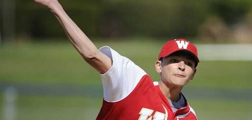 Half Hollow Hills West pitcher Aaron Glickstein delivers