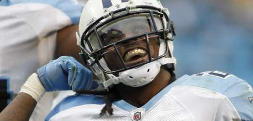 Tennessee Titans running back Chris Johnson celebrates his