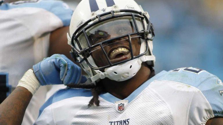 Tennessee Titans running back Chris Johnson celebrates his