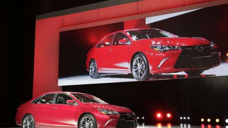 Toyota Camry Gets Complete Overhaul In Model Newsday - Overhaul car show