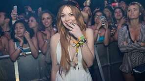 Lindsay Lohan watching Lana Del Rey perform at
