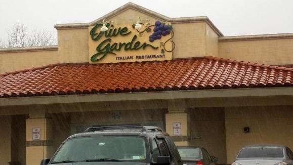 Olive Garden lead chef revamps menu as activist shareholders fight ...